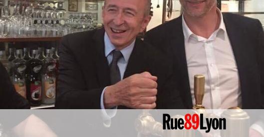 833111b847e2 Gérard Collomb de retour à Lyon sans haie ni doigt d honneur