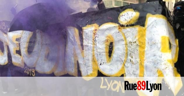 «Gilets jaunes», black bloc,… Comment marche le cortège de tête des manifs à Lyon ?