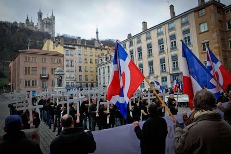 Manif-Lyon-Jeunesses-Nationalistes-14-janvier-2012