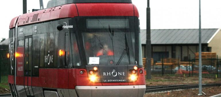 Rhônexpress : pourquoi se rendre à l'aéroport de Lyon coûte-t-il si cher ?