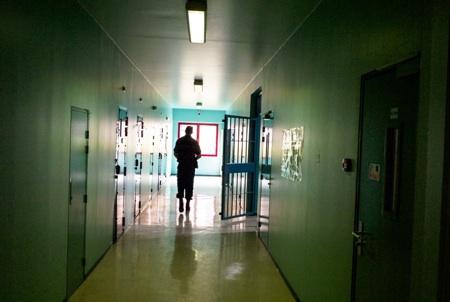 Prison_Villefranche_Couloir-Inediz-