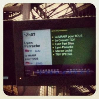écran SNCF manif pour tous