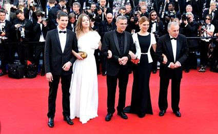 L'équipe d'Adèle reçoit la Palme d'Or du 66ème Festival de Cannes