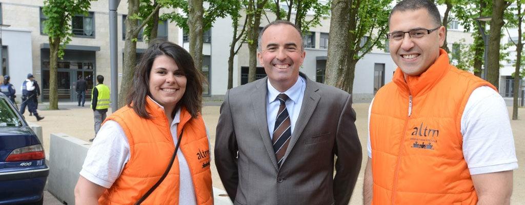 Valls-SACVL-13-mai-13-UNE