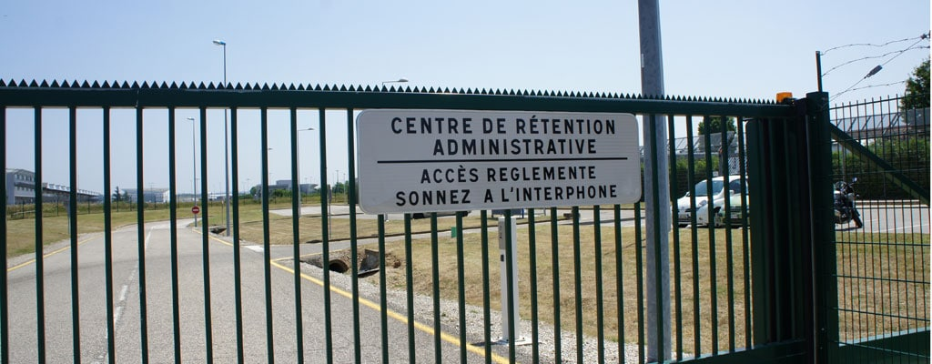 UNE-Centre-Retention-Administrative-Lyon