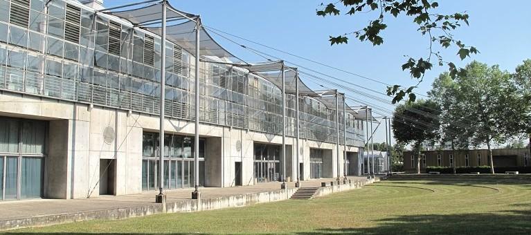 L'école d'architecture de Lyon : entre fondamentaux et imaginaire