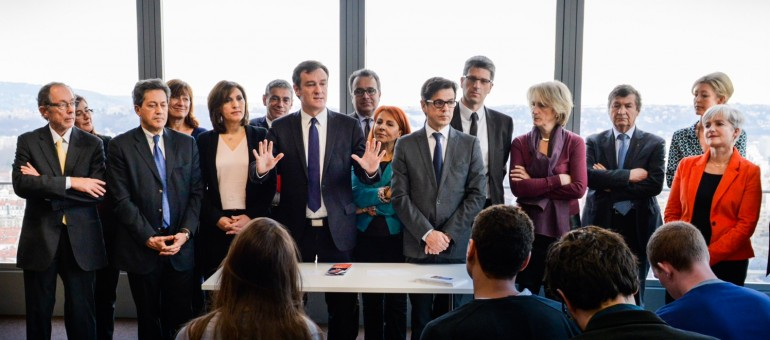 En campagne sans Gérard Collomb, l'UMP Michel Havard promeut sa dream team