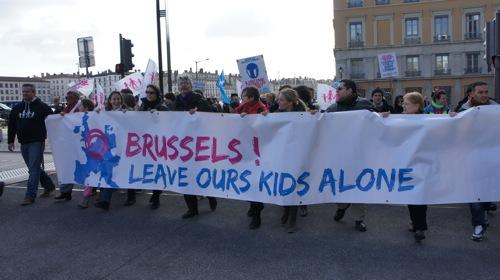 Rapport Lunacek : pour une feuille de route européenne contre l'homophobie