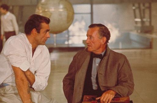 1962. Sean Connery et Ian Fleming sur le tournage de Dr. No, premier Bond de la saga.