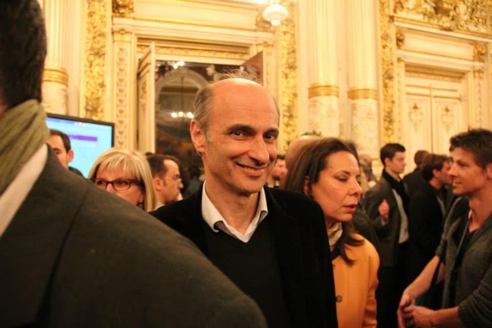 Etienne Tête, candidat écologiste, après avir été déchu de son rôle d'adjoint par Gérard Collomb, reviendrait en grâce dans l'exécutif de 2014.