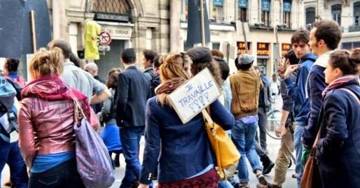 Au coeur des griefs des manifestants, l'image de personnes oisives, profitant du système qui leur est associée. Crédits Camille Romano/Rue89Lyon