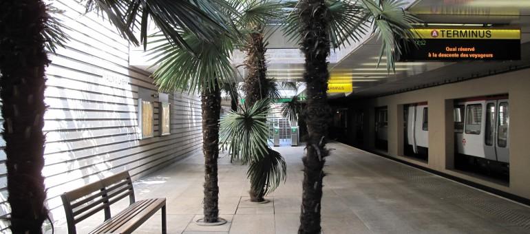 Station de métro «La Soie»