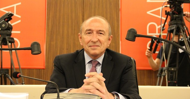 Démission du gouvernement : Gérard Collomb «prêt à aider»… et à monter à Paris ?