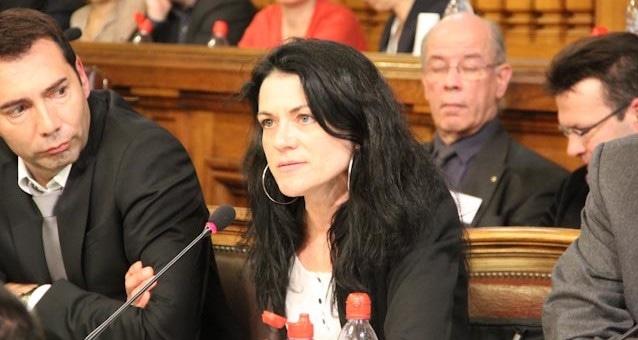 Nathalie Perrin-Gilbert lance seule sa candidature à la mairie de Lyon
