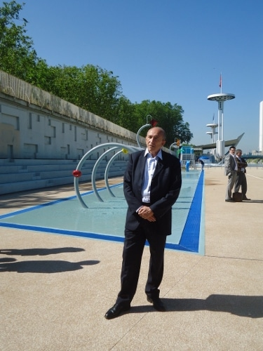 Gérard Collomb en juin 2013 lors de l'inauguration de la piscine du Rhône ©Laura Daniel