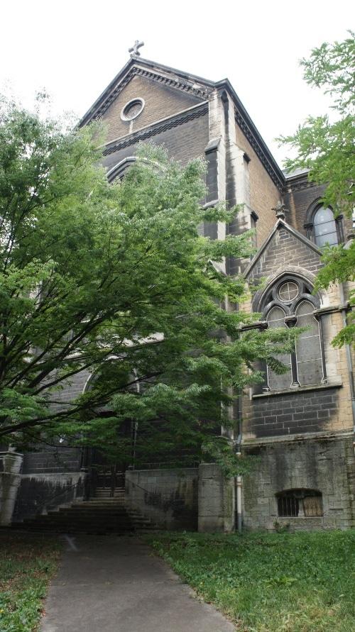 l'église Saint-Bernard, surplombant la place Colbert (Lyon 1er). ©Lauriane Clément/Rue89Lyon