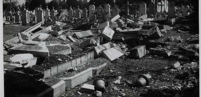 Au cimetière de la Guillotière, à la recherche des traces du bombardement allié de 1944