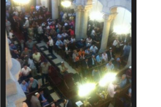 Rassemblement à la grande synagogue de Lyon : un millier de personnes en soutien à Israël