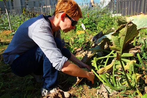 Audrey Fahys a découvert les jardins partagés avec Graines de Lait © Laura Steen / Rue89Lyon
