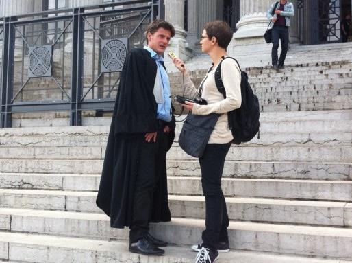David Metaxas, avocat lyonnais, devant le palais de justice à Lyon. Crédit : DD/Rue89Lyon.