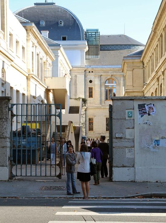 La semaine dernière, certains campus, comme celui des quais de Lyon 2, accueillaient déjà des étudiants © Laura Steen / Rue89Lyon