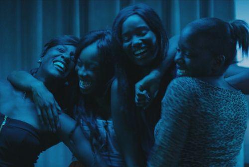 """Image tirée du film """"Bande de filles"""" de Céline Sciamma."""