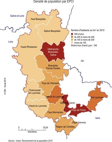 Carte de la densité de population par EPCI, qui montre que la majorité des habitants du Nouveau Rhône est localisée autour de l'agglo lyonnaise et le long de la Saône. Source : Insee.