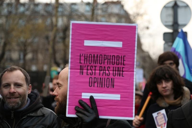 Lhomophobie-nest-pas-une-opinion-manifestation-pro-mariage-pour-tous-heteroclite