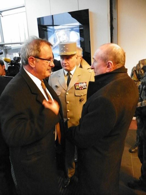 Jean-François Carenco (à gauche), Pierre Chavency (au centre) et Gérard Collomb (à droite)