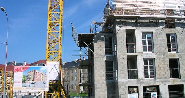 Dans le Rhône, comment lutter contre le travail au noir dans le bâtiment et la restauration