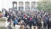 Minute de silence pour Charlie Hebdo à l'Université Lyon II Crédit GB/Rue89 Lyon.