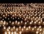 Des bougies déposés place des Terreaux à Lyon, le mercredi 7 janvier.