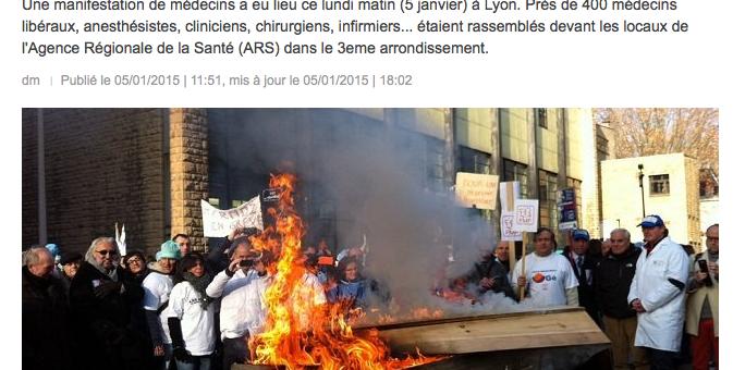 A Lyon, les médecins mettent en scène la mort de leur pratique