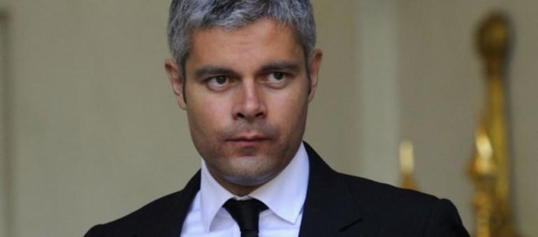 Furieux de voir sa crèche de Noël jugée illégale, Laurent Wauquiez met son habit de croisé