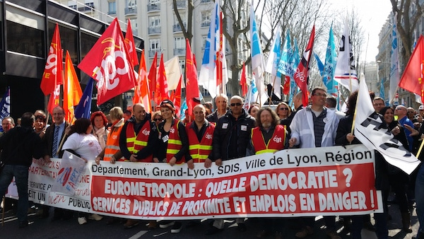 Manifestation des agents de la Métropole de Lyon, le 23 mars 2015. ©LB/Rue89Lyon