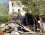 Les cabanes détruites du petit bidonville de Roms derrière le squat. ©LB/Rue89Lyon