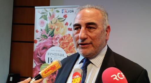 Georges Képénékian à la conférence de presse de présentation du Festival mondial des roses à Lyon.©LB/Rue89Lyon