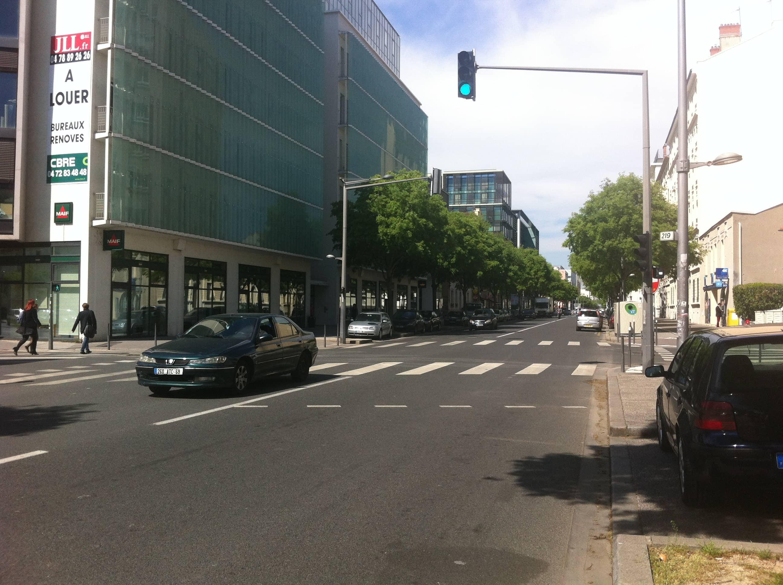 Avenue jean jaur s rue89lyon for Garage bobigny avenue jean jaures