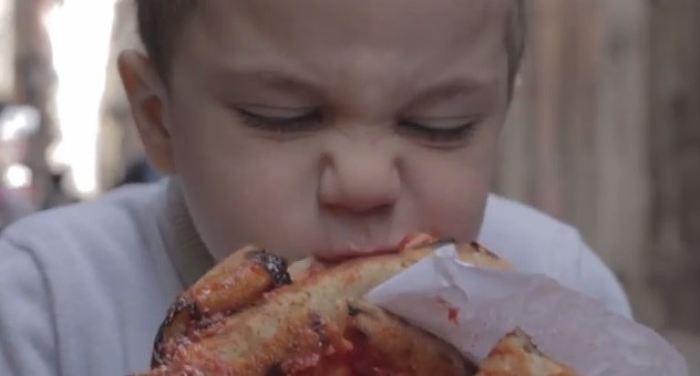 [Vidéo] On ne critique pas la pizza ! La réponse des Italiens à McDonald's