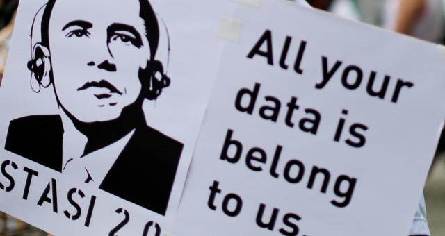 #Vallslesait : la communauté de l'Internet libre à Lyon contre la «loi renseignement»