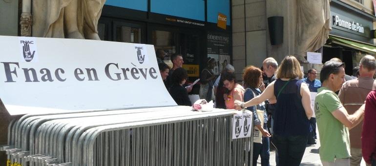 Employés à la Fnac de Lyon : «52 dimanches par an ! Et mes gosses, je les vois quand ?»