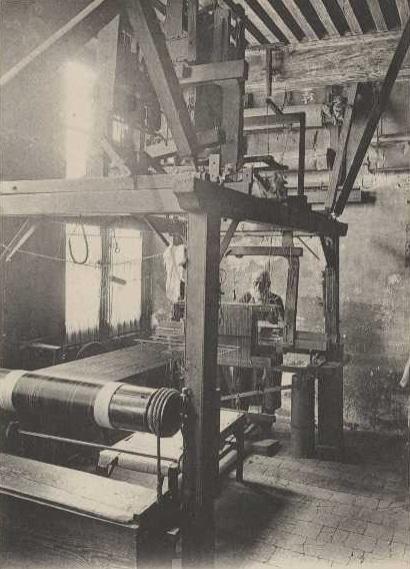 Un Canut à sa fenêtre - Carte postale des archives de Lyon en ligne http://www.archives-lyon.fr - Environ 1910