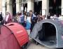 """Rassemblement de """"Jamais sans toit"""" devant l'hôtel de ville de Lyon le 12 mai. ©LB/Rue89Lyon"""