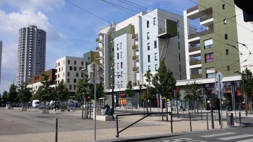 Le centre de la Duchère, la troisième colline de Lyon. ©LB/Rue89Lyon