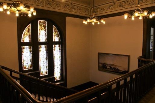 Le hall principal de la villa