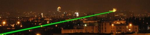 Ce tir a pour but de mesurer la vitesse de la lumière. Crédits : DR.