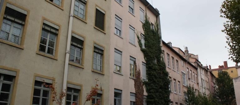Quand les femmes se révoltaient à Lyon: la grève des ovalistes