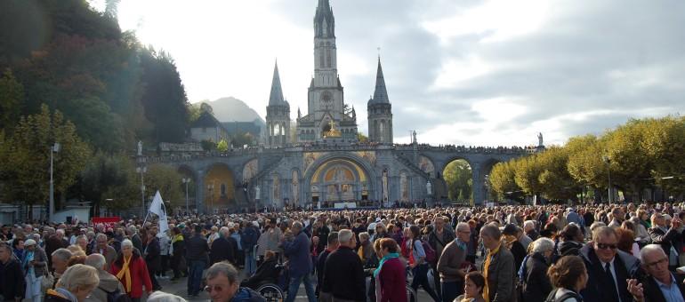 A Lourdes, on a appris que Jésus a été «le premier community manager»