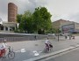 Piste cyclable rue Bouchut dans le quartier de la Part-Dieu à Lyon. Capture d'écran Google Street View