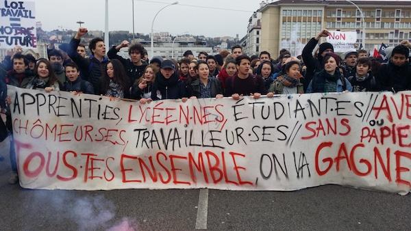 Les lycéens en tête de la manif du 9 mars à Lyon contre la loi travail. ©LB/Rue89Lyon